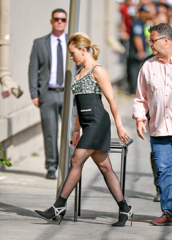 Scarlett Johansson Miu Miu Dress And Boots On Jimmy Kimmel Popsugar Fashion Uk