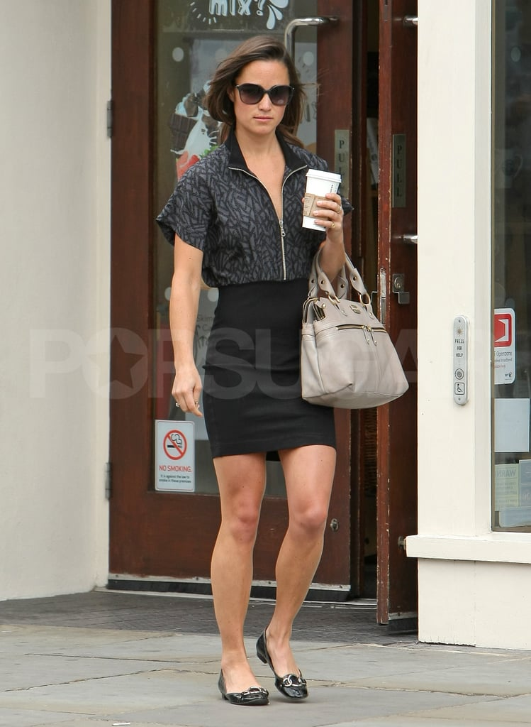 Pippa Middleton with Starbucks.