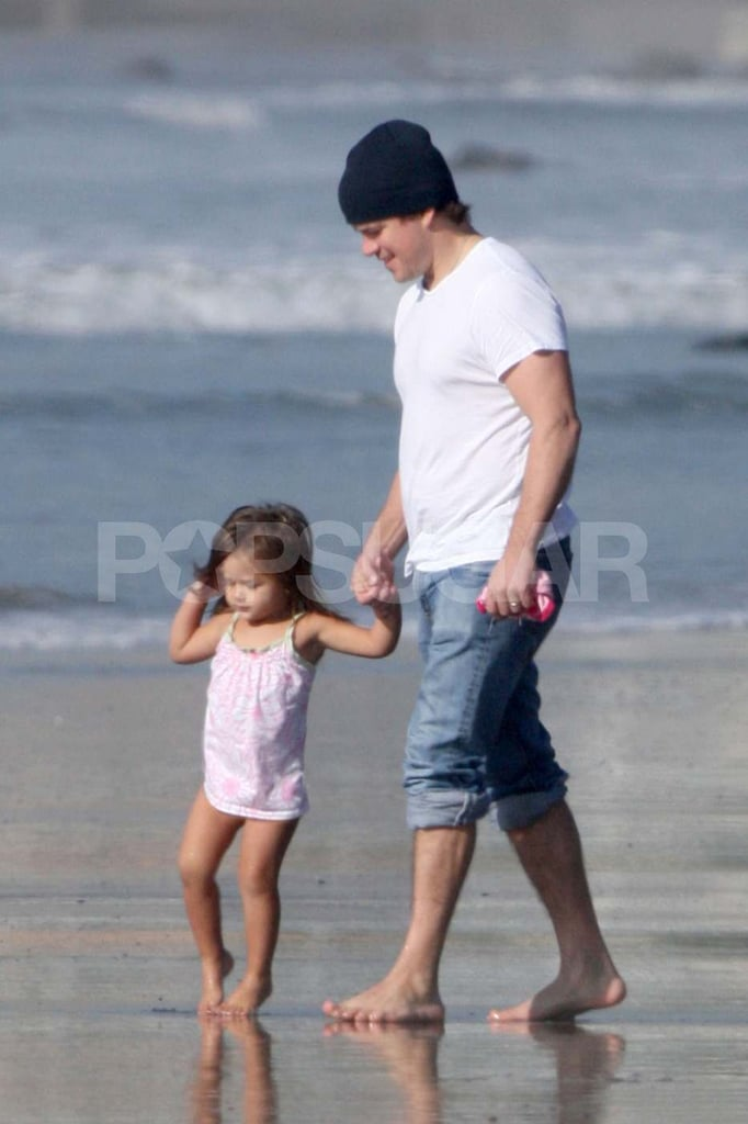 Matt Damon Gets His Feet Wet at the Beach With Daughter Isabella