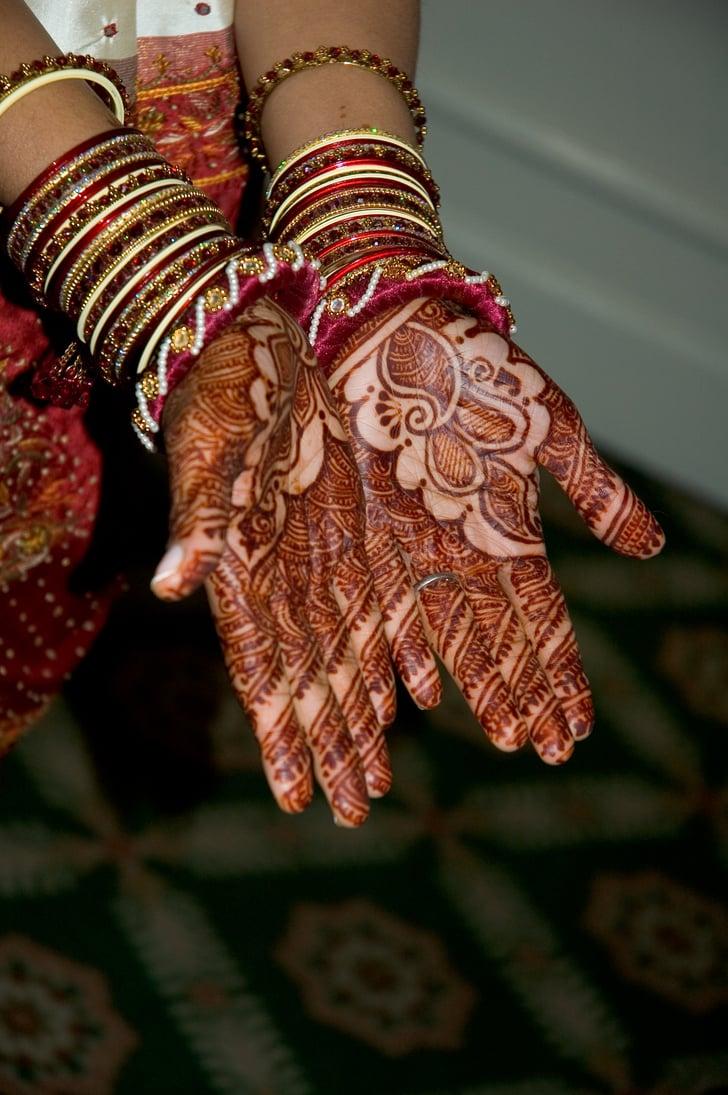 Flower Bangles Mehndi : Bangles and flowers bridal mehndi henna designs