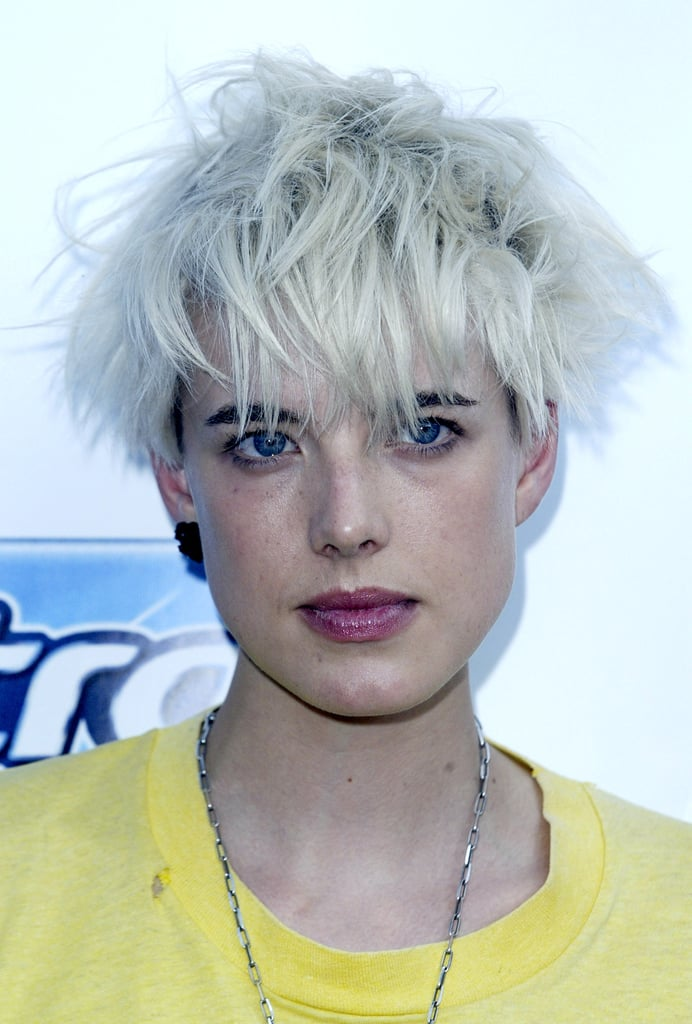 How to get Agyness Deyn's hair and makeup look