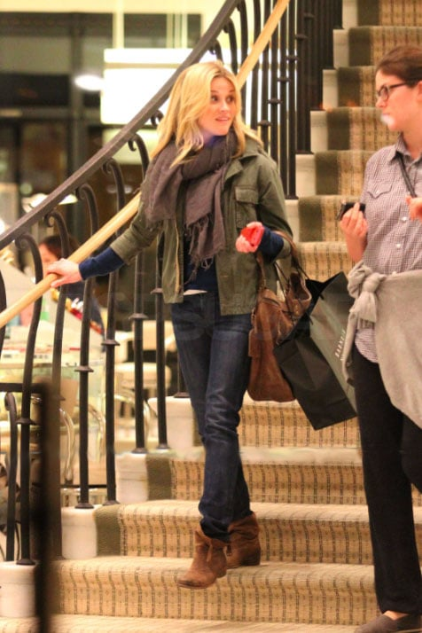 Reese Witherspoon did some shopping at Barneys in Beverly Hills yesterday. We have to wait until the end of January to check out her new movie How Do You Know in which she stars with Paul Rudd and Owen Wilson, but it's out in the US today. The first Water for Elephants trailer is playing in cinemas before the movie. She looks gorgeous throughout, alongside Robert Pattinson, and we showed off our 75 favourite screenshots of Reese and Rob! Her This Means War costar Tom Hardy is also back in his hometown, and went to see the English National Ballet this week. Barcroft Media