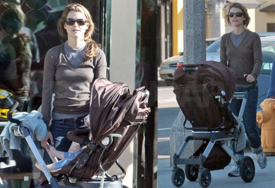 Keri Russell and River Russell Deary Get Pinkberry in LA