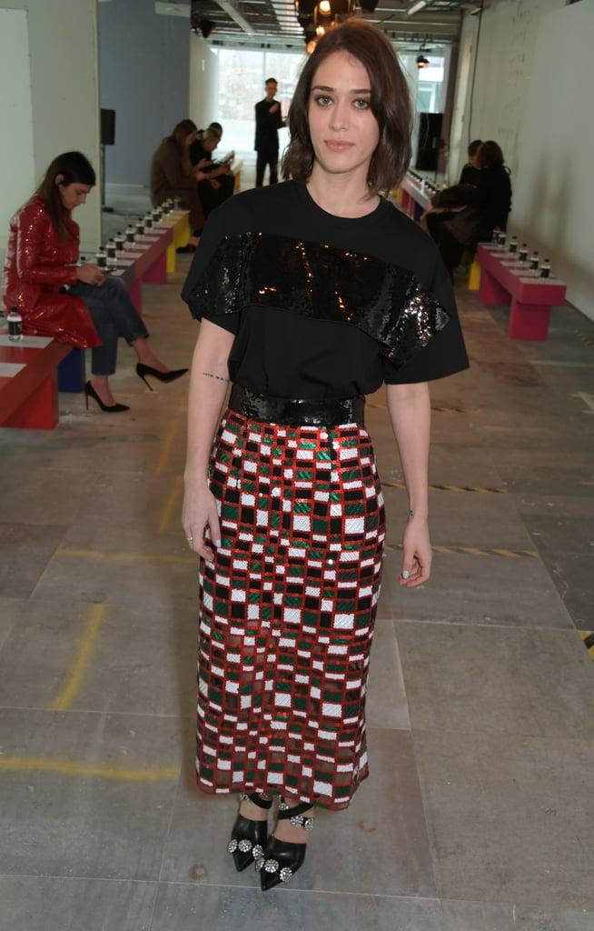 ليزي كابلان في عرض أزياء كريستوفر كين