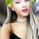 Ariana Grande: moonlightbae