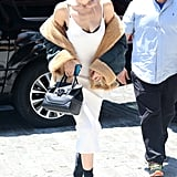 """The """"Off-the-Shoulder Slouch"""" on Gigi Hadid"""