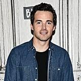 Ian Harding (Ezra Fitzgerald)