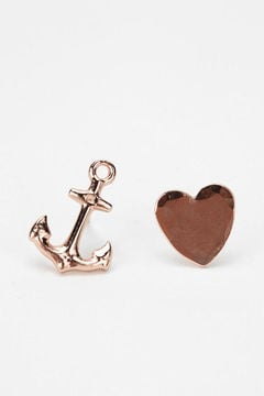 These Bing Bang earrings ($68) will make any sea-loving girl happy.