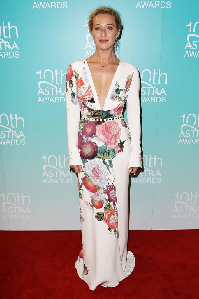 Asher Keddie in J'Aton Couture at the ASTRA Awards = perfection.