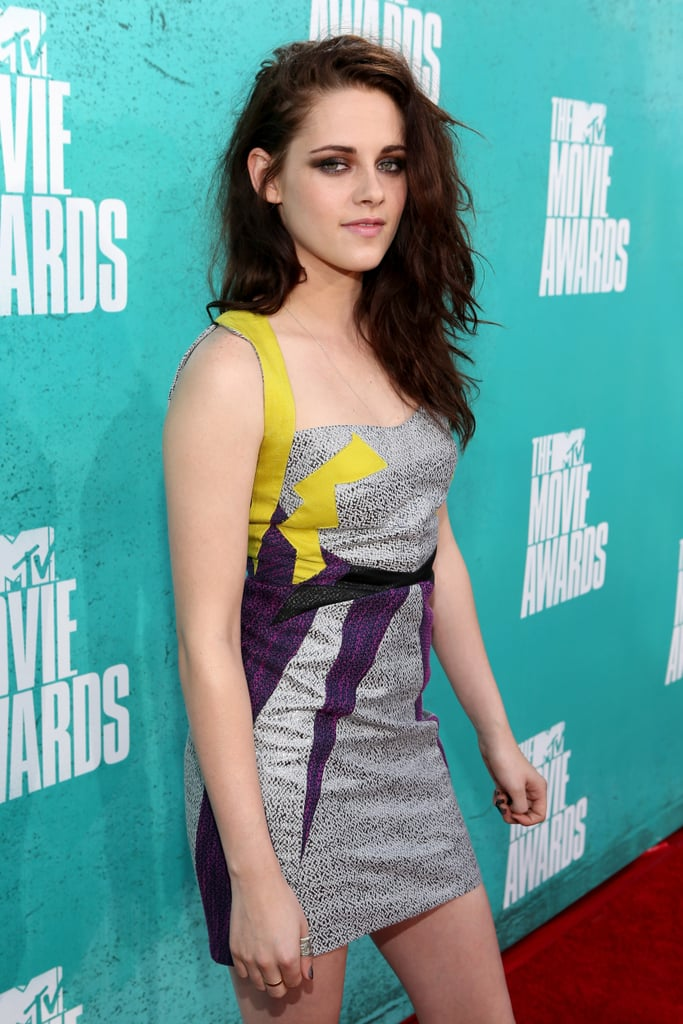 Kristen Stewart posed at the MTV Movie Awards.