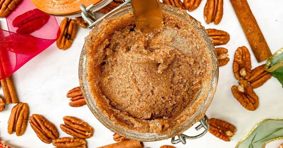 Creamy, Cozy, and Sweet: This 4-Ingredient Pecan Pie Nut Butter Is the Ultimate Snack Spread