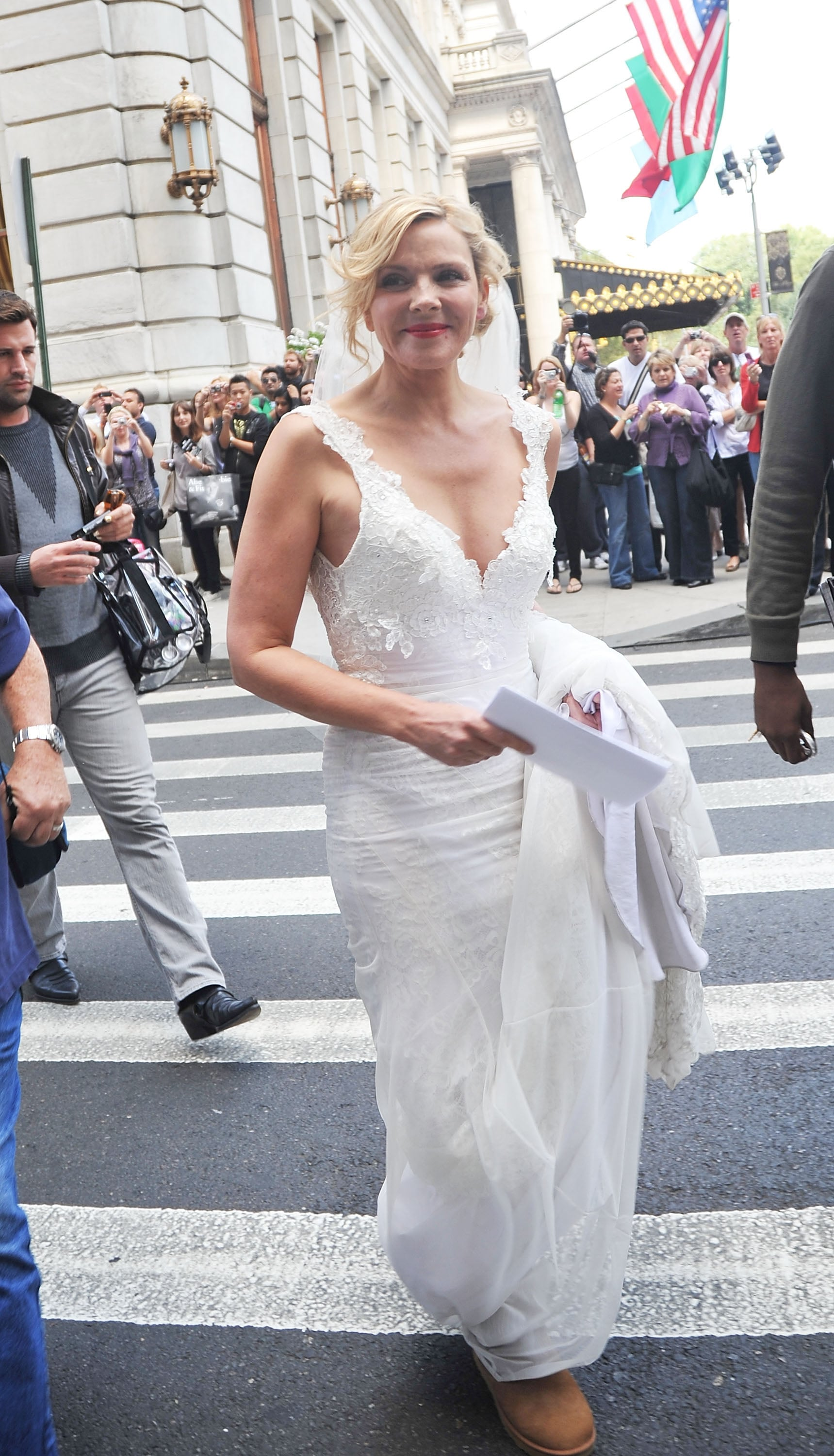 She never marries in the movies, but boy can Samantha rock a wedding gown.