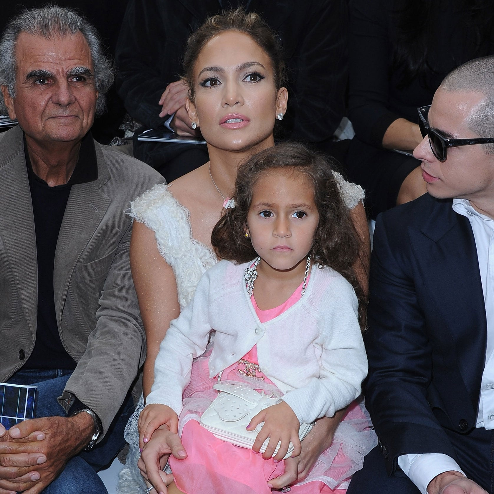 jennifer lopez pictures with emme anthony and casper smart front row