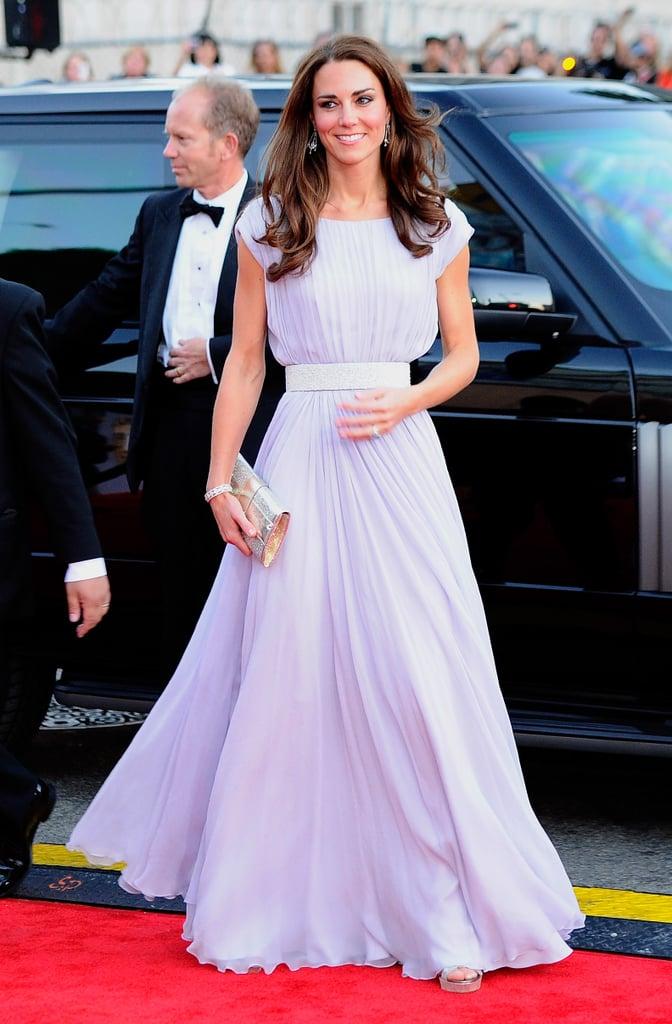 At another overseas movie-related event 14 years later — a BAFTA gala in LA — Kate opted for a diaphanous gown in palest lilac by her favorite designer Alexander McQueen.