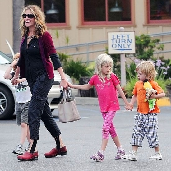 Julia Roberts Out In La With Hazel Moder Phinnaeus Moder