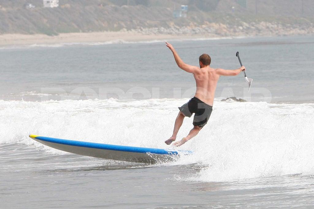 Robert Pattinson fell off his paddleboard.