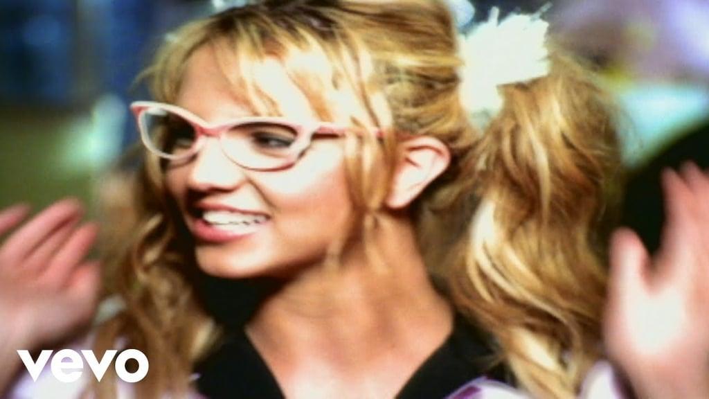 Melissa-Joan-Hart-Adrian-Grenier-Britney-Spears-You-Drive-Me-Crazy.jpg