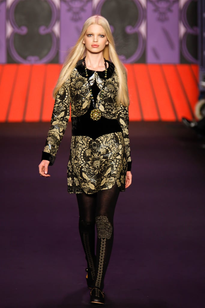 Fall 2011 New York Fashion Week: Anna Sui