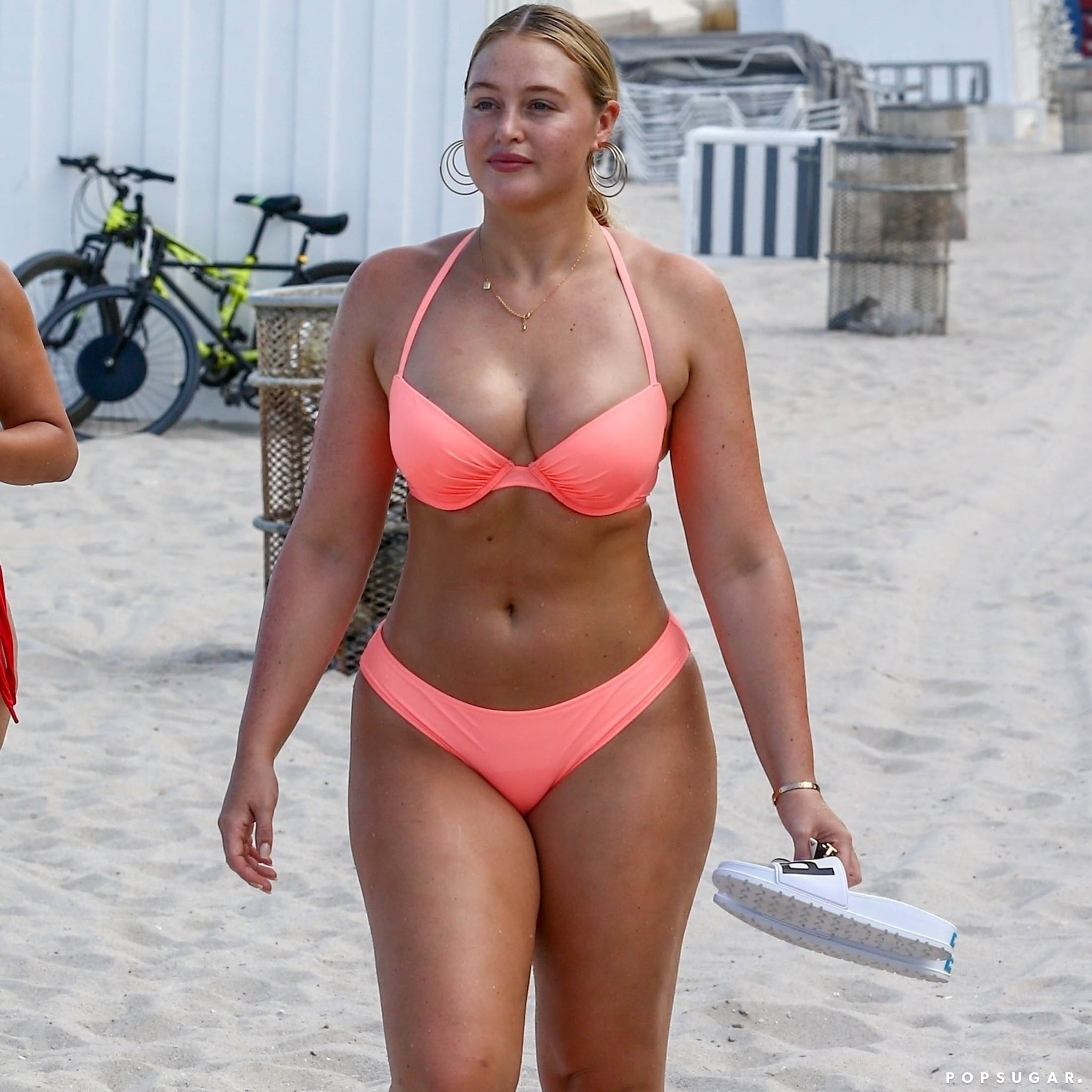 Iskra Lawrence Bikini Nude Photos 58