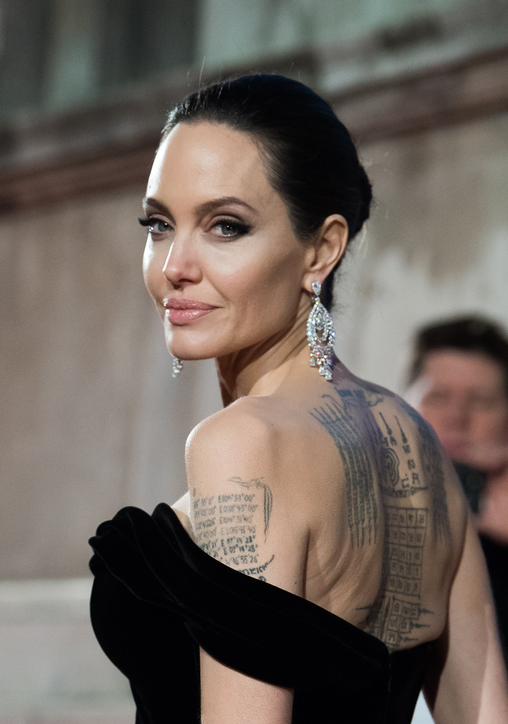 LONDON, ENGLAND - FEBRUARY 18:  Angelina Jolie  attends the EE British Academy Film Awards (BAFTAs) held at Royal Albert Hall on February 18, 2018 in London, England.  (Photo by Samir Hussein/WireImage)