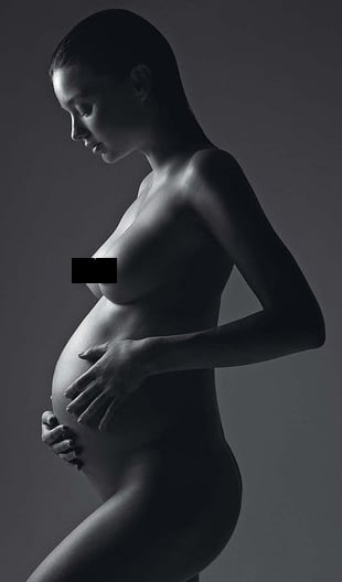 Picture of Miranda Kerr Naked and Pregnant