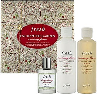 Friday Giveaway! Win a Fresh Enchanted Garden Strawberry Flowers Set