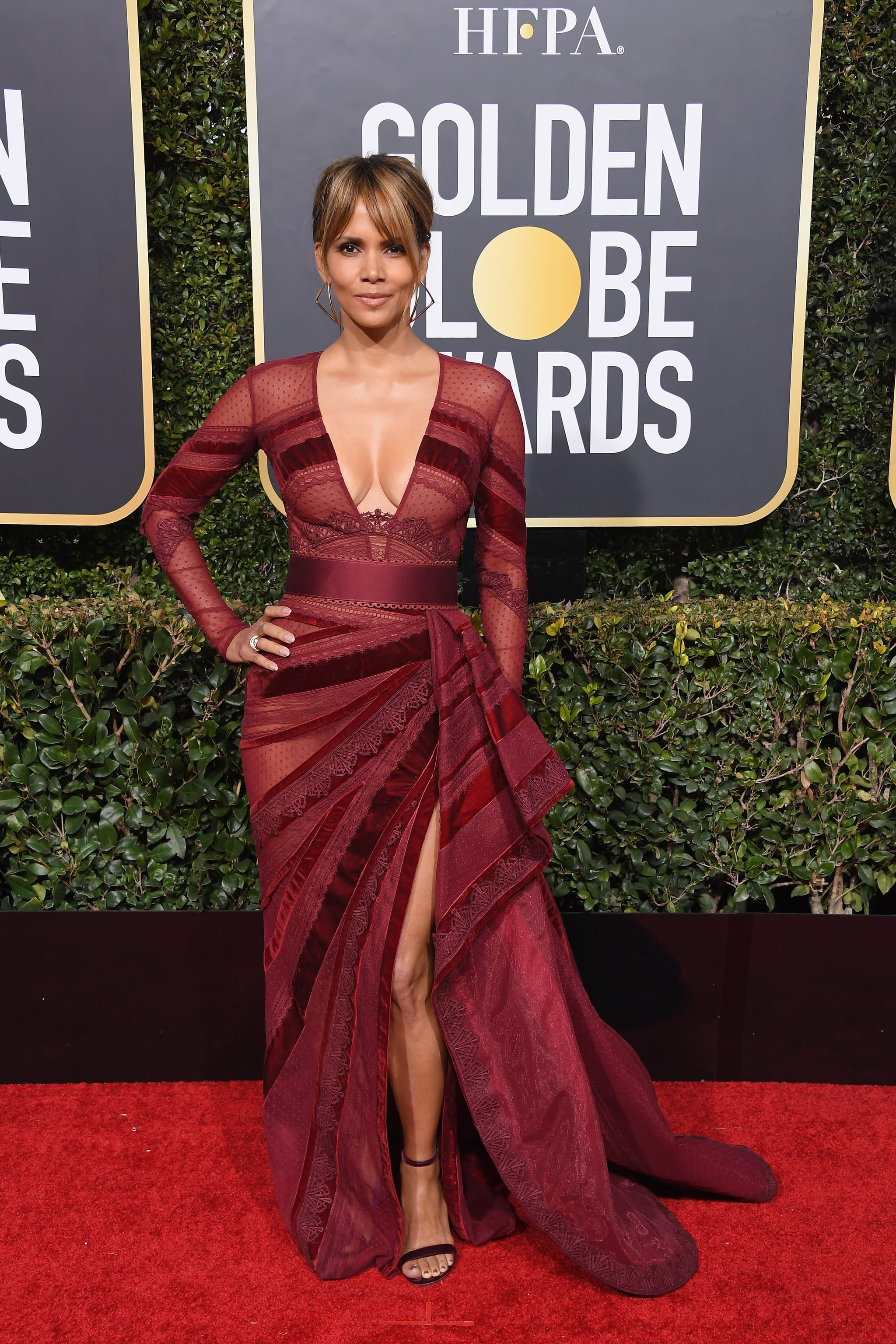 BEVERLY HILLS, CA - JANUARY 06:  Halle Berry attends the 76th Annual Golden Globe Awards at The Beverly Hilton Hotel on January 6, 2019 in Beverly Hills, California.  (Photo by Steve Granitz/WireImage)