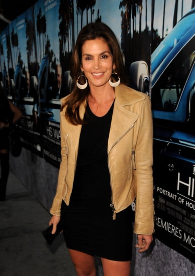 "Cindy Crawford ""Feels Like an Industry Outsider Now"""