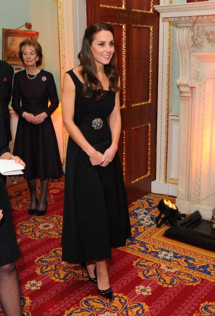 كيت ميدلتون فستان حريري أنيق 2016 حفل جوائز AwardsPlace2Be