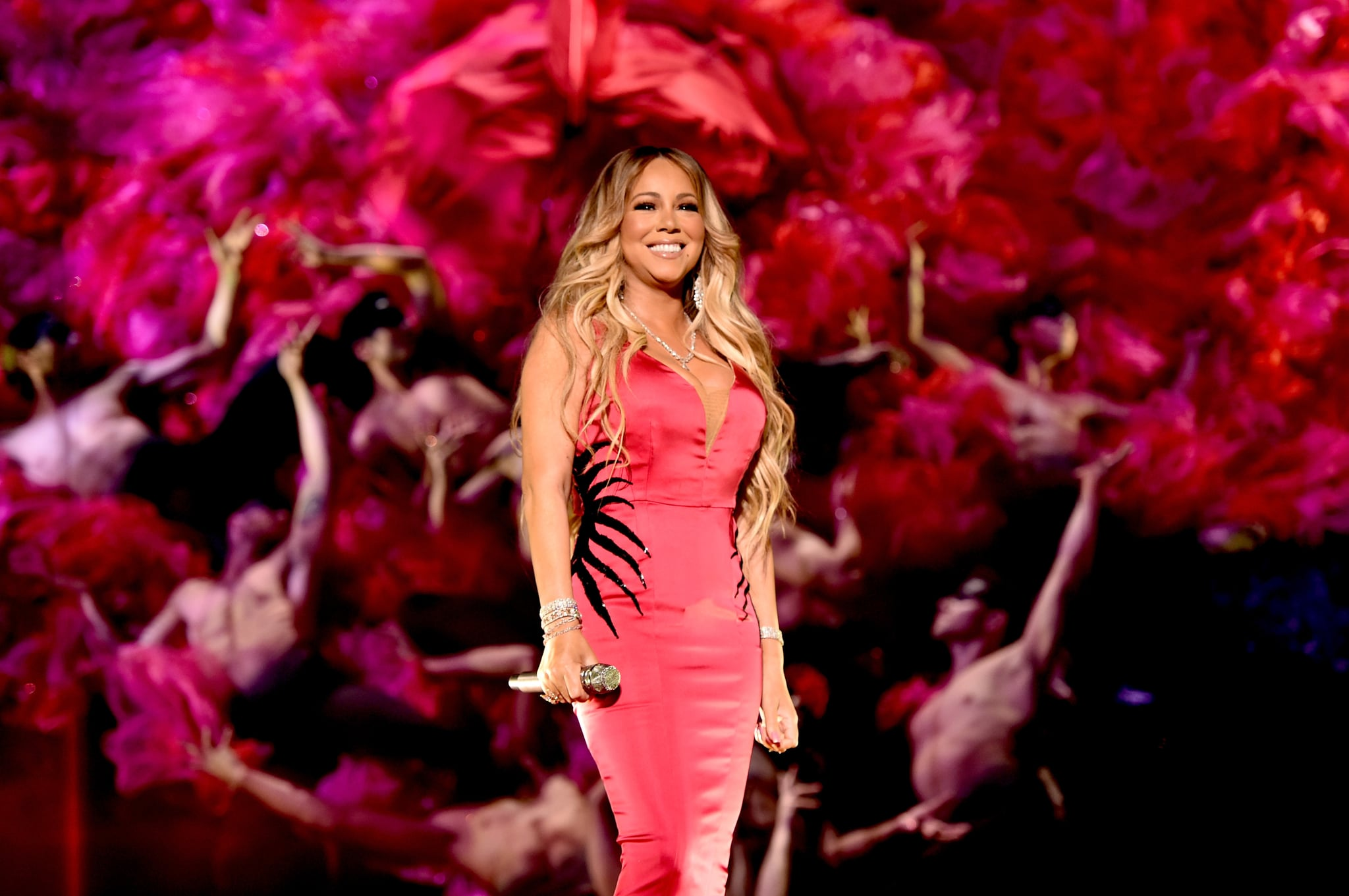 LOS ANGELES, CA - OCTOBER 09:  Mariah Carey performs onstage during the 2018 American Music Awards at Microsoft Theatre on October 9, 2018 in Los Angeles, California.  (Photo by John Shearer/AMA2018/Getty Images For dcp)