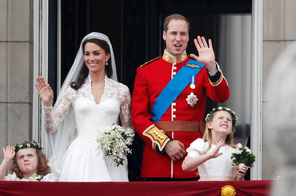 Prince William Kate Middleton First Kiss Balcony 2011 04 29