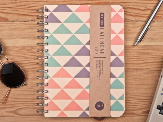 2016 Weekly Planner Triangle Agenda