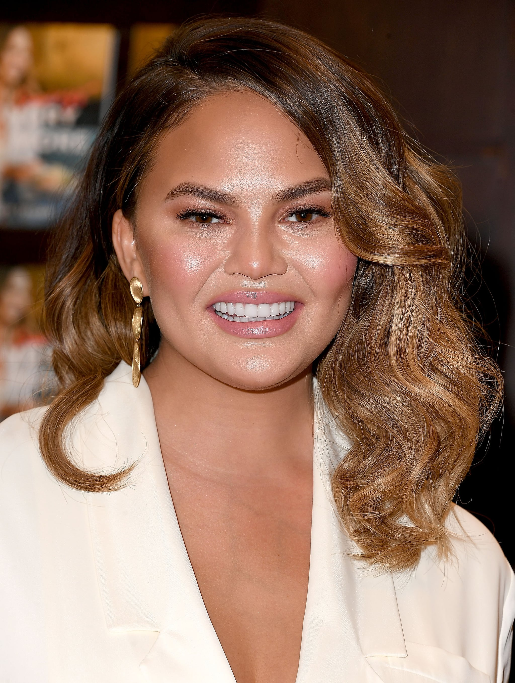 LOS ANGELES, CA - SEPTEMBER 26:  Chrissy Teigen Signs And Discusses Her New Book
