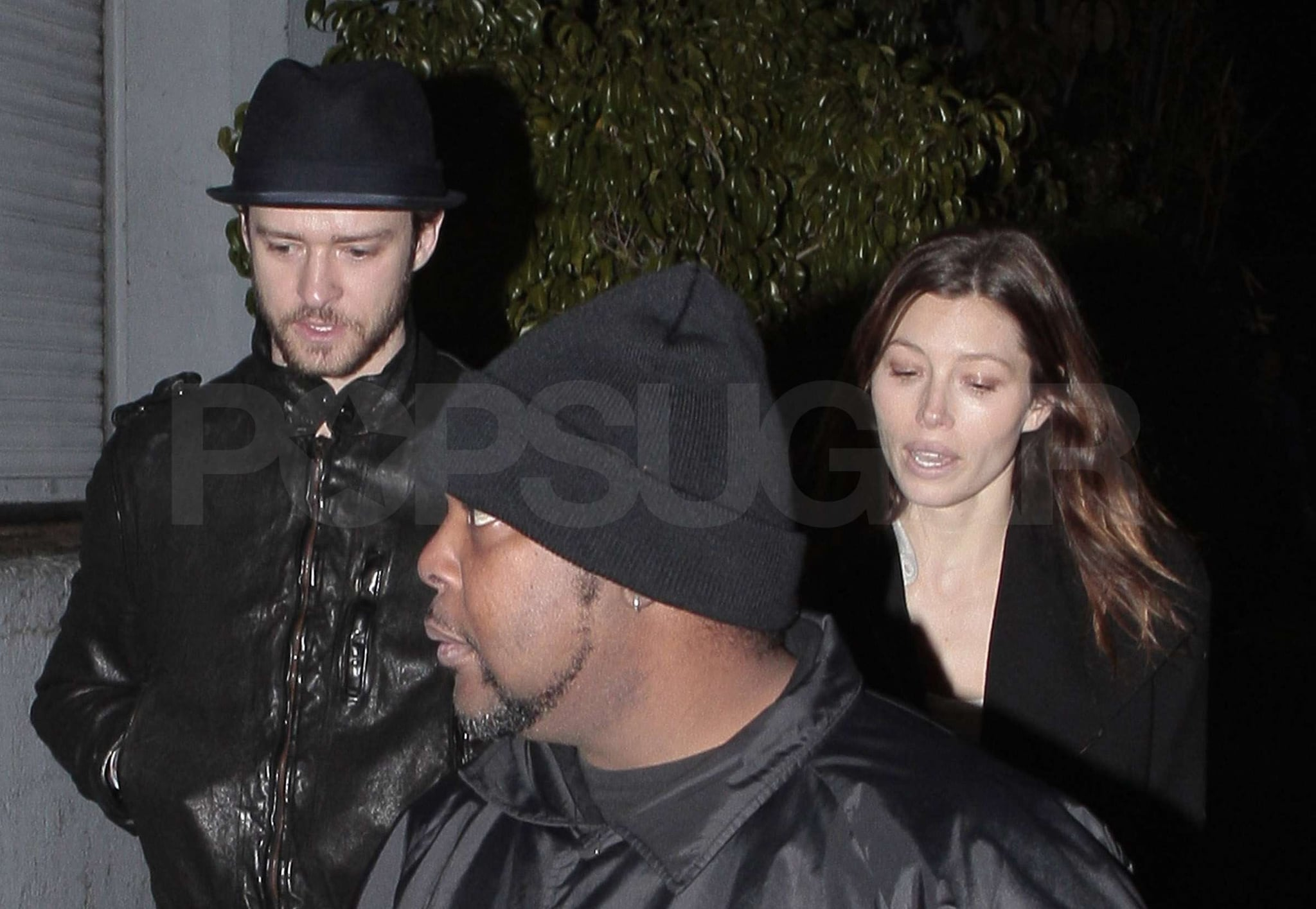 Photos of Justin Timberlake and Jessica Biel Kissing and ...