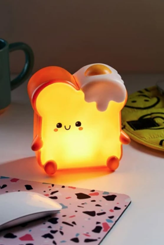 Smoko Momo Toast Ambient Light