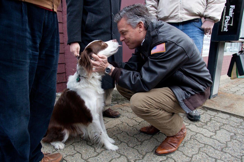 Jeter gives a good-luck kiss to former Utah Governor and Republican presidential hopeful Jon Huntsman as he passes through New Hampshire in January.