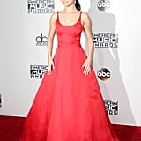 Selena's Red Gown at the AMAs in 2016