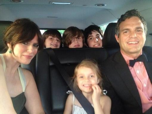 Mark Ruffalo headed to the NYC premiere of Now You See It with his family. Source: Twitter user Mruff221