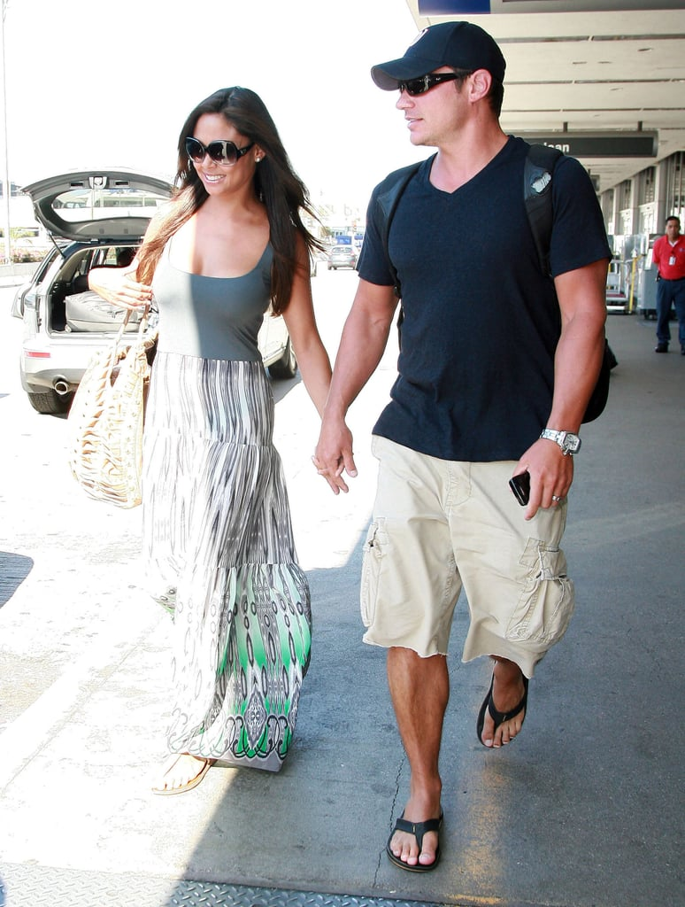 Happily married Nick Lachey and Vanessa Minnillo.