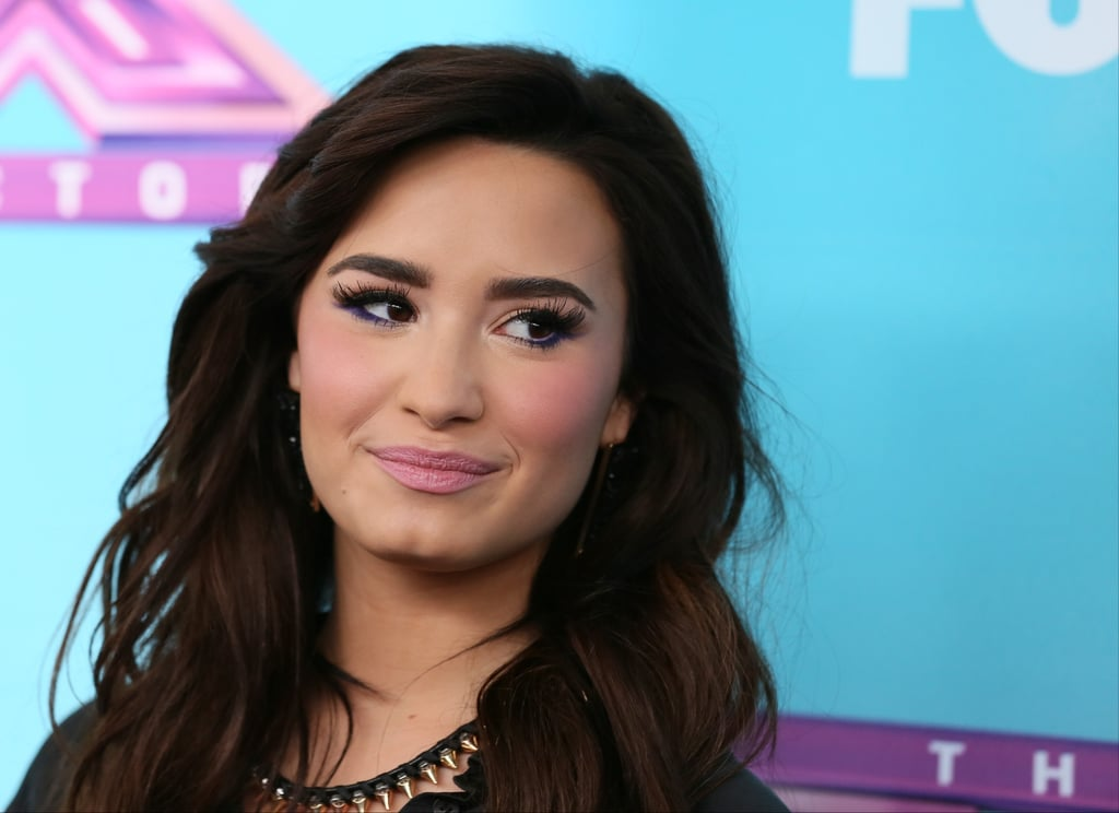 Demi Lovato posed on the red carpet.