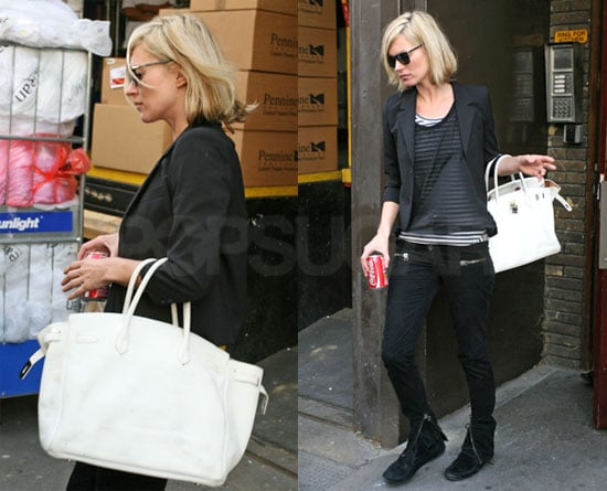 Photos of Kate Moss Out in London 2008-10-12 10:00:00