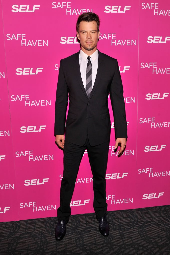 Josh Duhamel went for a simple suit.