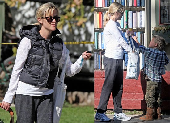 Photos of Reese Witherspoon in Ojai California 2009-11-16 10:27:05