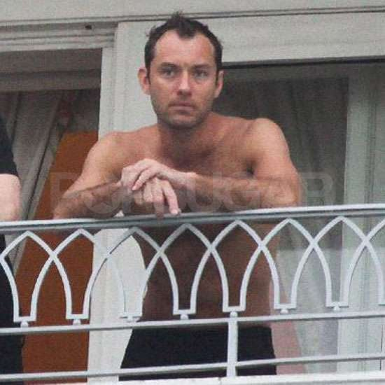 Pictures of Jude Law Shirtless
