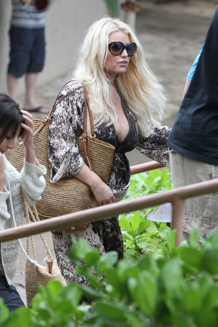 Jessica Simpson Had Lunch In Hawaii Pregnant Jessica