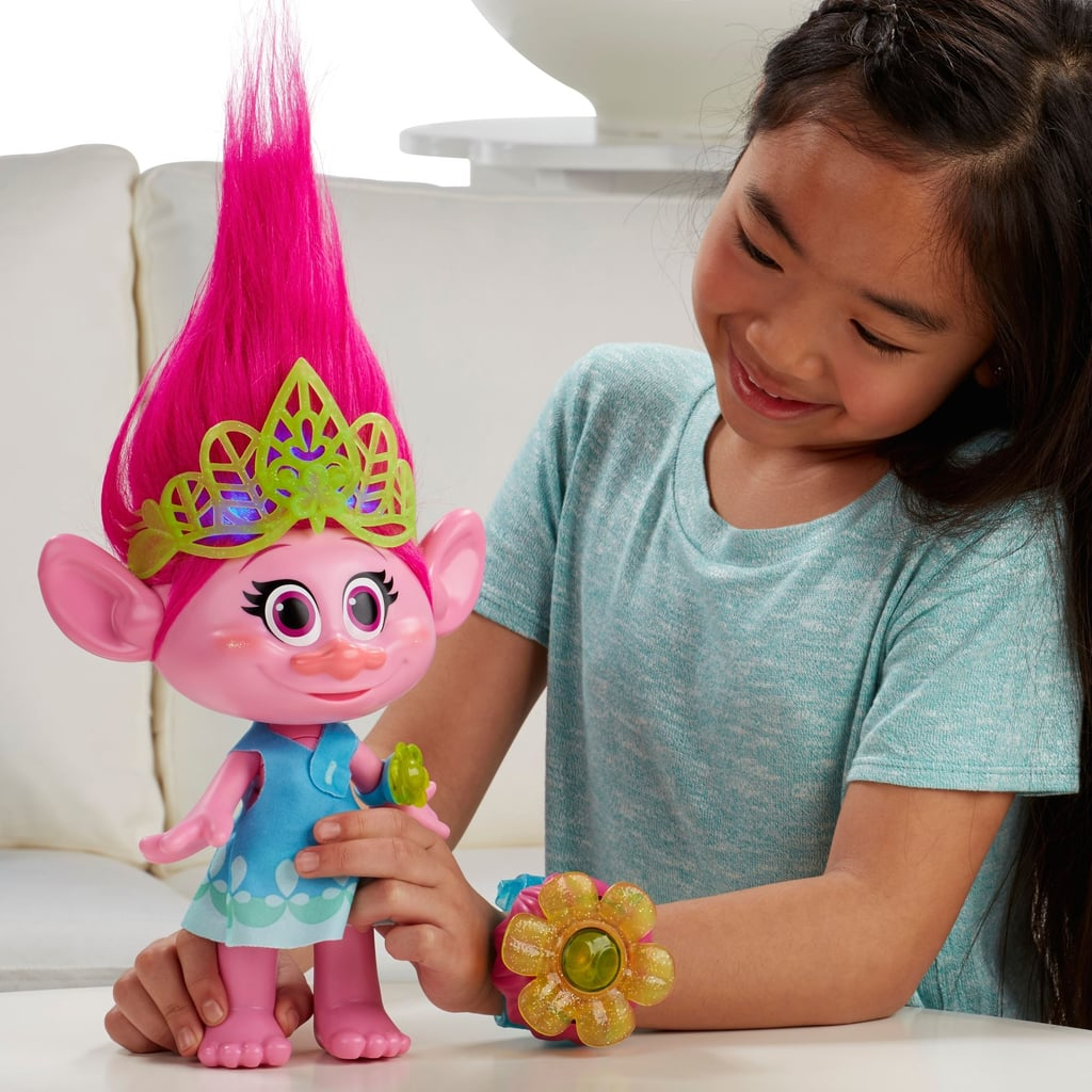 For 6-Year-Olds: Trolls Hug Time Poppy