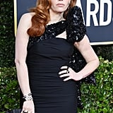 Natasha Lyonne's Half-Moon Manicure at the 2020 Golden Globes