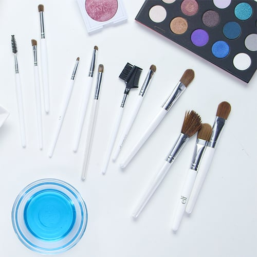 DIY Makeup Brush Cleaners at Home