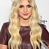 Ashlee Simpson matched her makeup to her burgundy top, and her long waves looked stunning.
