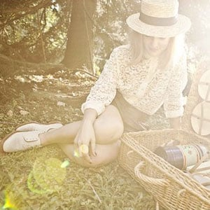 What to Wear on a Picnic | Shopping
